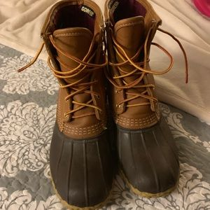 Women's LL BEAN weather boots with gore-tex liner